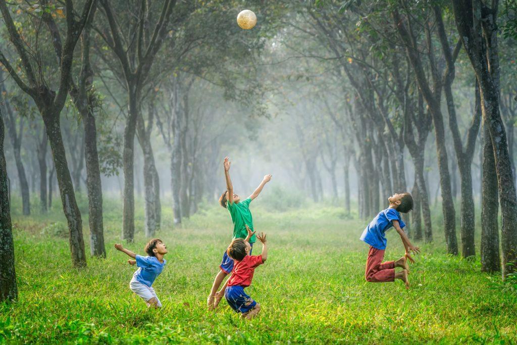 cropped-kids-play-1024x709-1-4.jpg